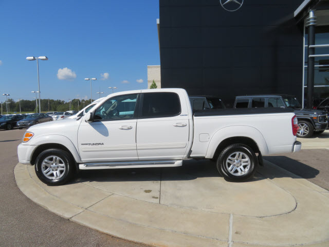 Pre-Owned 2004 Toyota Tundra 4dr Double Cab Limited RWD SB V8